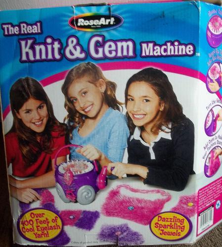 KNITTING MACHINE crank LEARN HOW TO EASY tabletop knitter KNIT GEM GIFT roseart