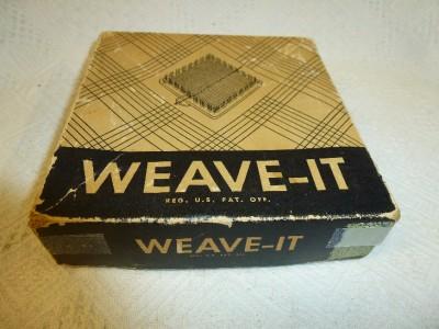 "WEAVE-IT Donar Weaving Hand Loom Needle Wooden 4.5"" Yarn Craft"